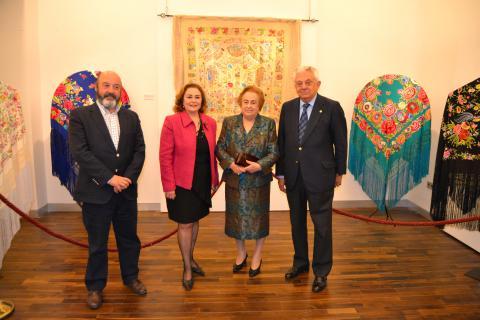 Exposición Mantones Fundación Cámara