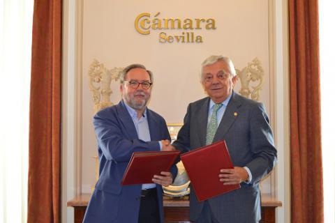 Firma convenio Cáritas Fundación Cámara