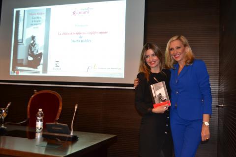 Presentación Marta Robles Fundación Cámara